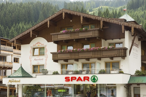 __{offers.Best_flights}__ Hotel Garni Alpenland