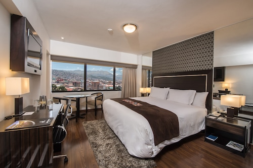 __{offers.Best_flights}__ Jose Antonio Cusco Hotel