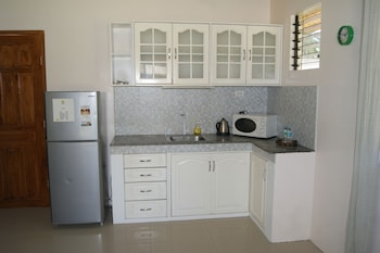 Panglao Homes Resort & Villas Private Kitchenette
