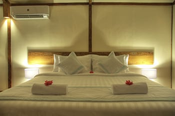 Superior Double Room, 1 King Bed, Ocean View, Sea Facing