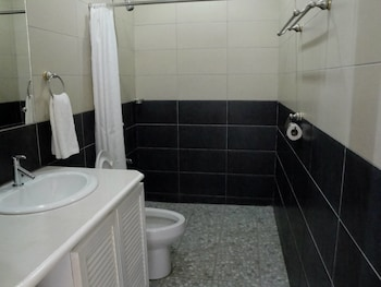 Harmony Hotel Bohol Bathroom