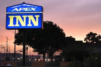 Apex Inn