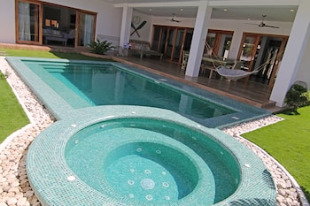 Vida Homes Condo Resort Dumaguete Terrace/Patio