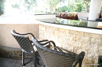 Vida Homes Condo Resort Dumaguete Hotel Bar
