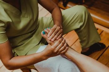 Vida Homes Condo Resort Dumaguete Massage