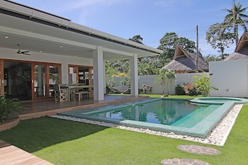 Vida Homes Condo Resort Dumaguete Private Pool