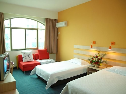 Zhongzhou Hotel, Hebi