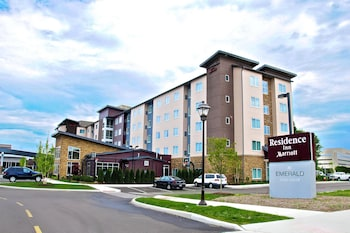 Residence Inn Cleveland Avon At The Emerald Event Center 15 6 Miles From Progressive Field