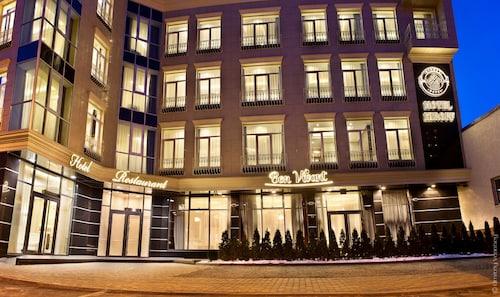 Charków - Kiroff Hotel - z Poznania, 24 kwietnia 2021, 3 noce