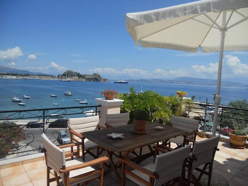 Hotel Garitsa bay Apartment