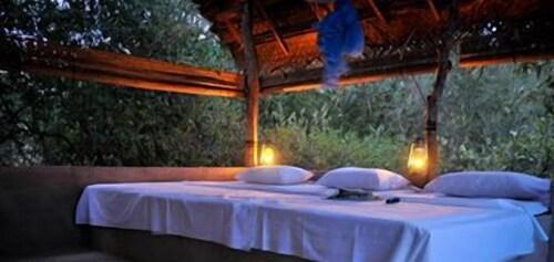 Palpatha Eco Safari Lodge, Karuwalagaswewa