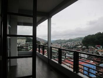 Citylight Hotel Baguio Balcony