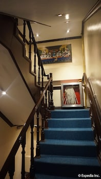 Grand Central Hotel Clark Staircase