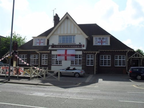 The Compasses, Essex