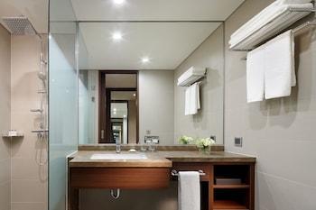 Lotte City Hotel Ulsan - Bathroom  - #0