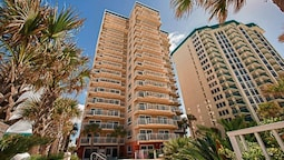 Destin Towers by Holiday Isle