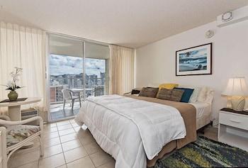 Romantic Studio, 1 King Bed, Ocean View, Sea Facing