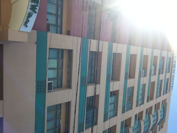 Crown Port View Hotel Cebu Hotel Front