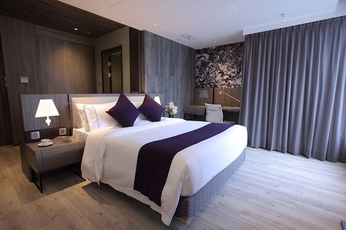 Hongkong - The Perkin Hotel - z Warszawy, 1 kwietnia 2021, 3 noce