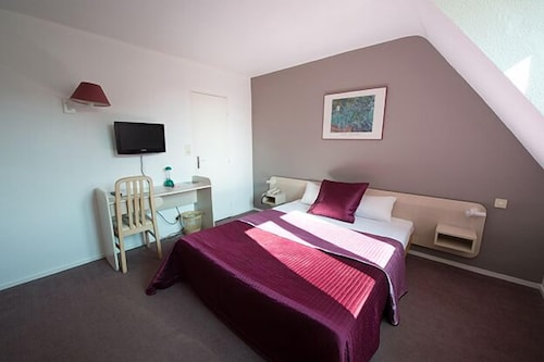 . Hotel Anne de Beaujeu