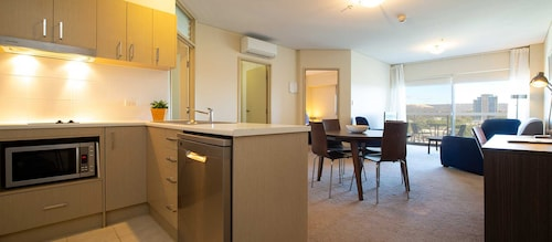 . Hume Serviced Apartments
