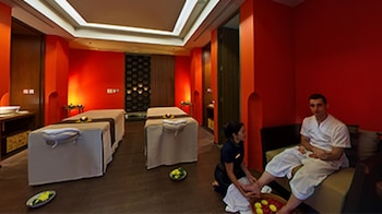 Club Deluxe King - 3 Day Premium Spa and Wellness Retreat