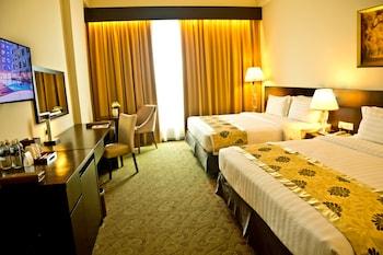 潘波爾尼奧亞庇飯店