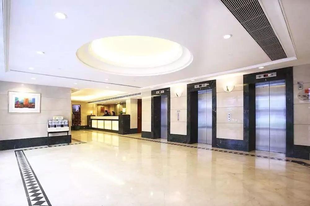 ザ サウス チャイナ ホテル (香港粤華酒店)