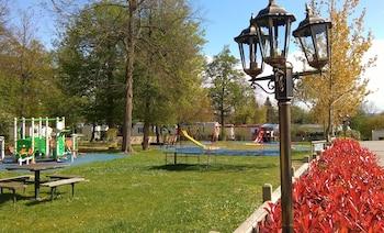 Camping Club le Parc de Paris - Caravan Park