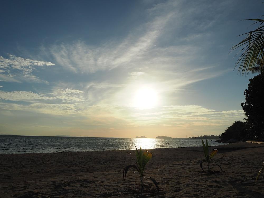 ザ シーナリー ビーチ リゾート