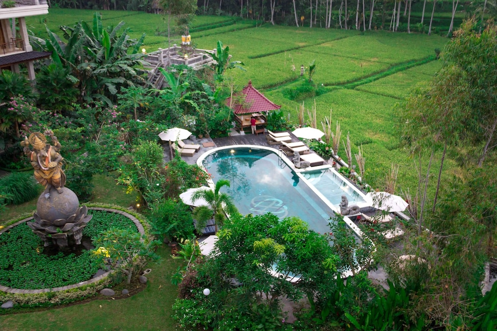 Om Ham Retreat & Resort