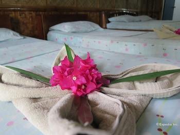 Kalipayan Beach Resort Bohol Guestroom