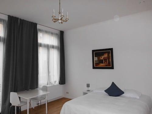 . Midi Residence