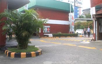 Halina Drive Inn Hotel Pasay Lobby