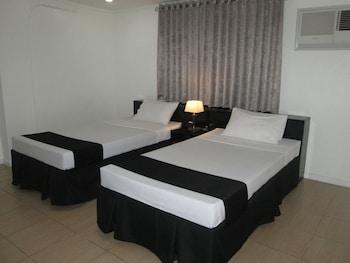 The Contemporary Hotel Quezon City Room