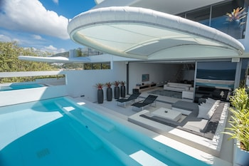 Three Bedroom Sky Pool Villa