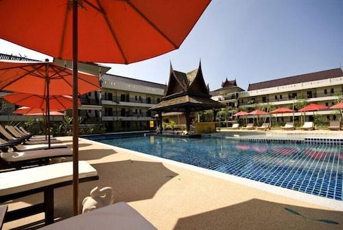 . Takolaburi Cultural Resort