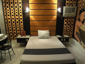 Hotel - Harts Hotel Quezon City