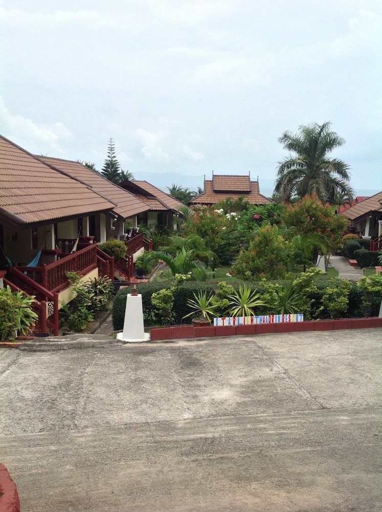 Starlight Haad Rin Resort