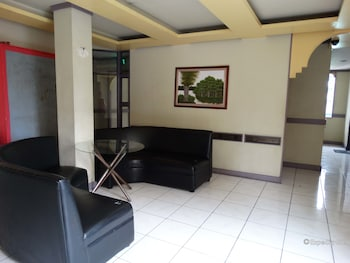 Golden Mango Inn Manila Hotel Interior