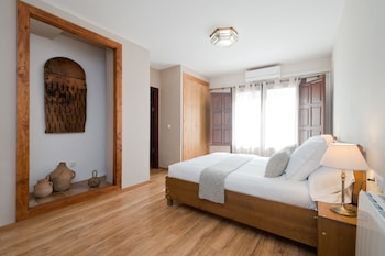 Deluxe Double Room, Private Bathroom, View (Alhambra, Terrace Access)