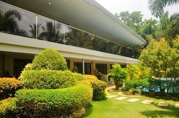 Golden Palm Resort Bohol Front of Property