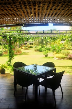 Golden Palm Resort Bohol Breakfast Area