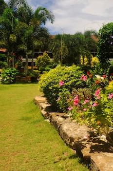 Golden Palm Resort Bohol Garden