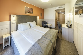 Standard Double or Twin Room (no view) with SPA Access