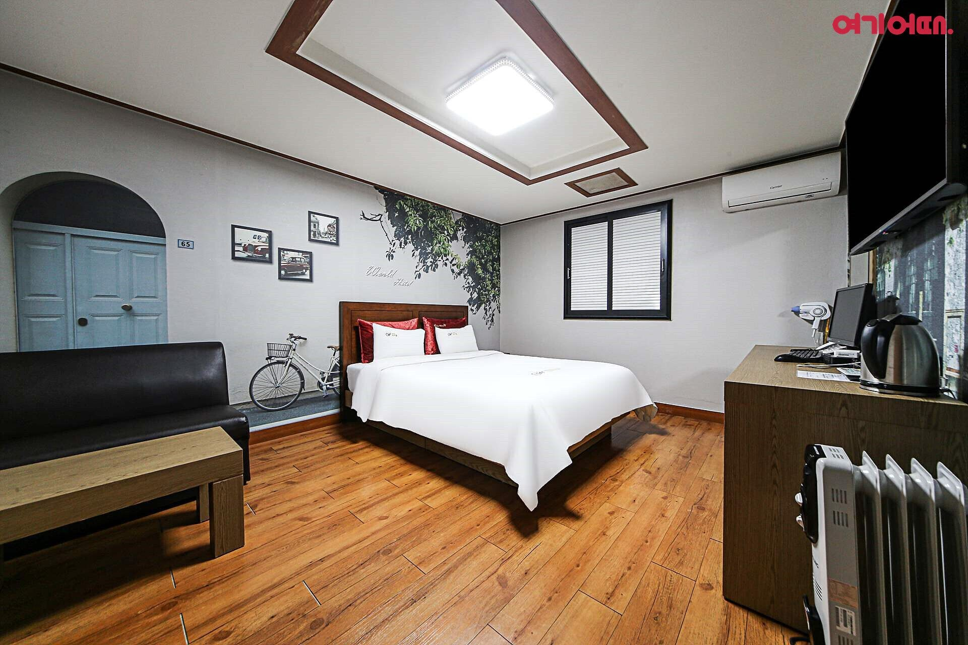 World Hotel, Chuncheon