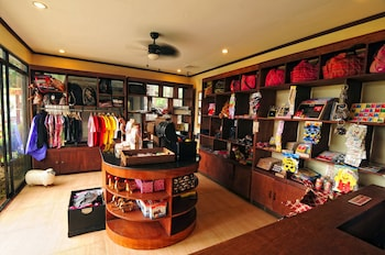 Dahilayan Forest Park Resort Bukidnon Gift Shop