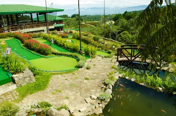 Dahilayan Forest Park Resort Bukidnon Golf