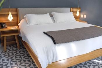 Honeymoon Suite, 1 Bedroom, City View