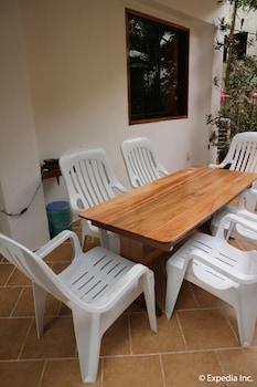Jayjay's Club Boracay Outdoor Dining